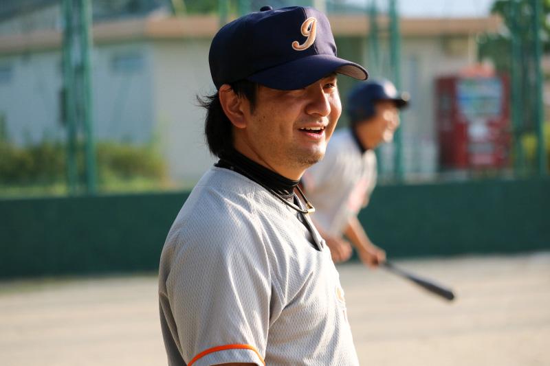 あわや1点を献上するところ見事なバックホームで阻止した嶋﨑幸大選手