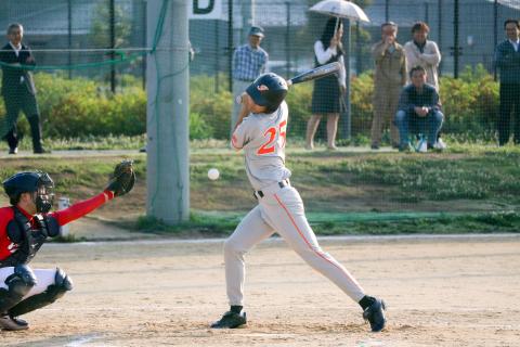 デッドボールを選んだ吉田選手